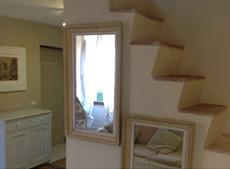 Flur mit Treppe in den ersten Stock, Ferienwohnungen Casa Schiavoni, Capoliveri, Insel Elba
