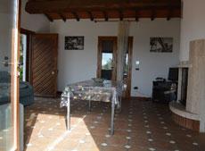 Wohnzimmer mit Kamin, Ferienhaus Casa Gaia-Trilocale, Capoliverie, Insel Elba